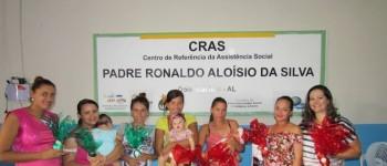 Entrega das cestas nutricionais referente ao programa que beneficia gestantes